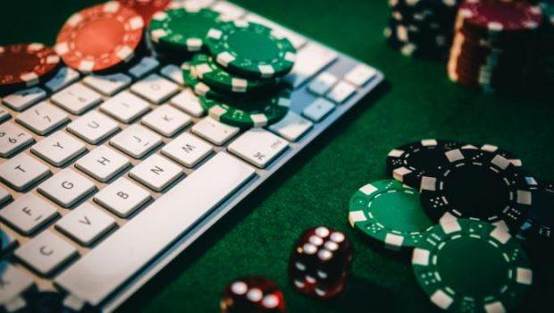 Daftar Judi Poker Online Dengan Memanfaatkan Emosi Lawan Main